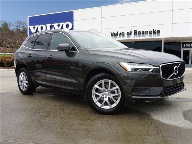Pre-Owned 2018 Volvo XC60 T5 Momentum All-wheel Drive